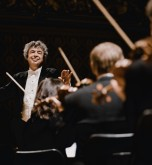Semyon Bychkov conducts the Czech Philharmonic_credit Marco Borggreve for the Czech Philharmonic